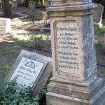 Gräber auf dem Templer-Friedhof